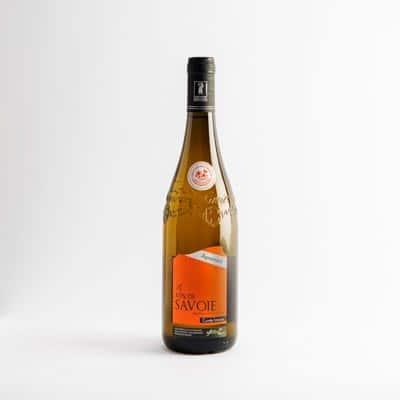 packshot vins de savoie apremont intense adrien veyron et fils